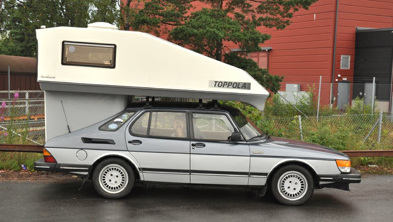 Saab 900 Lux with Toppola camper